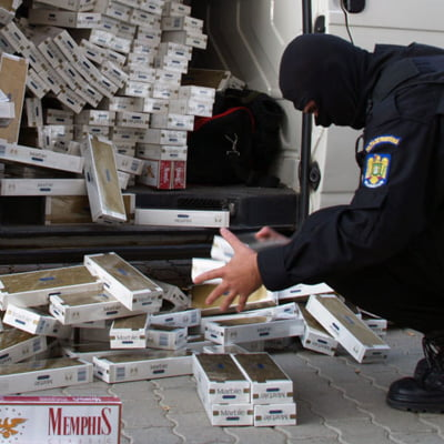 Fata nevazuta a traficului de tigarete - Statul haiducesc mentine contrabanda infloritoare