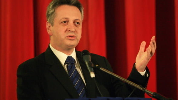 Fenechiu: Voi incerca sa conving FMI sa nu vindem CFR Marfa