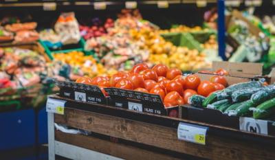 Fermierii trag un semnal de alarma: Scumpirile s-au extins la fructe si legume. Importurile cresc si profita alte tari