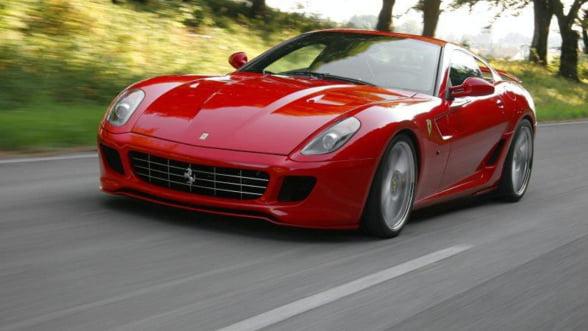 """Ferrari """"croieste"""" masini personalizate"""