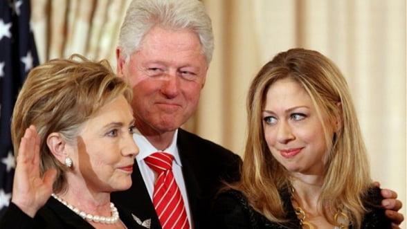 Fiica sotilor Clinton ar castiga 75.000 de dolari pentru fiecare discurs - presa