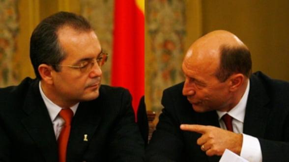 Financial Times: Demisia lui Boc ar putea fi o manevra a lui Traian Basescu