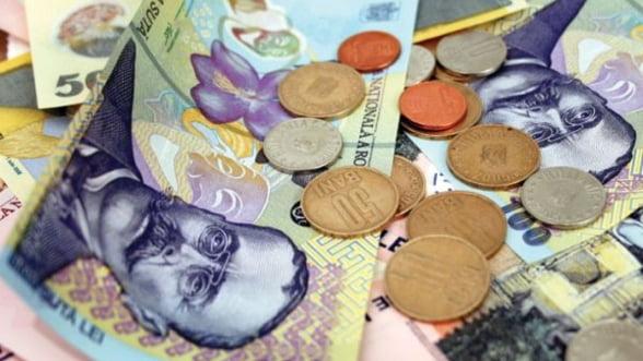 Finantele analizeaza posibilitatea reducerii CAS