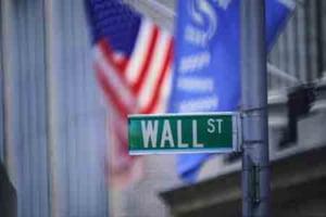 Finantistii de pe Wall Street au dat 5 miliarde de dolari pe influenta politica