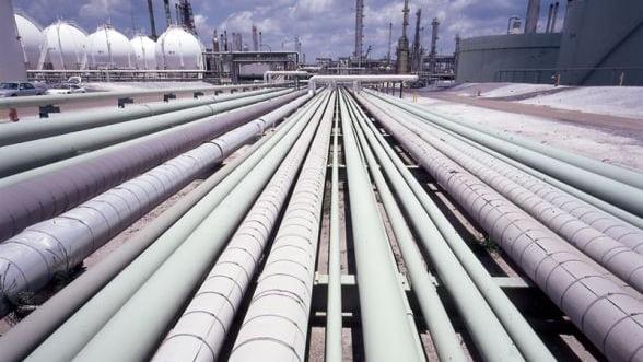 Fitch: Selectarea Nabucco pentru gazele azere ar fi dus la scaderea preturilor