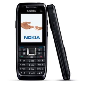 Fitch a coborat perspectiva ratingului Nokia