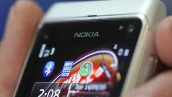 Fitch a retrogradat ratingul Nokia cu doua trepte