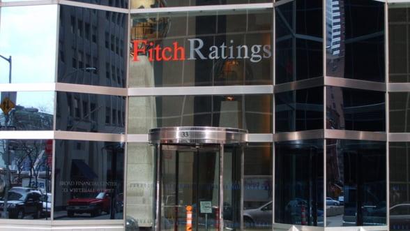 Fitch confirma ratingul Statelor Unite la 'AAA ' cu perspectiva negativa