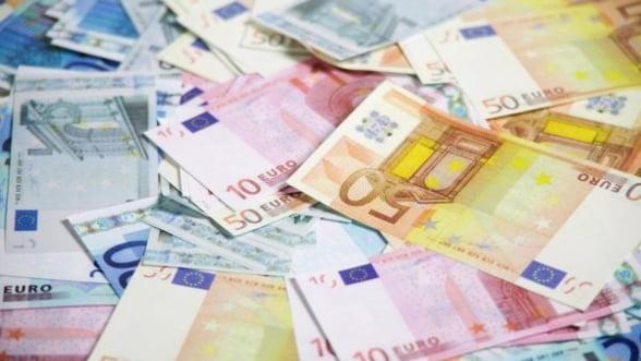 Fitch face bilantul guvernului: 2,8 mld euro pentru finantarea deficitului bugetar
