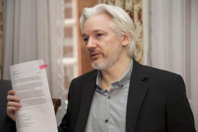 Fondatorul WikiLeaks: Criza refugiatilor, o depopulare intentionata a Siriei