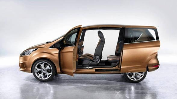 Ford lanseaza luni productia noului model B-MAX