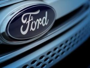 Ford recheama in service 53.000 de masini: Daca nu tragi frana de mana, pleaca singure de pe loc