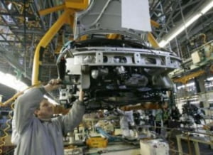 Ford si Toyota vor face pick-up-uri si SUV-uri hibrid