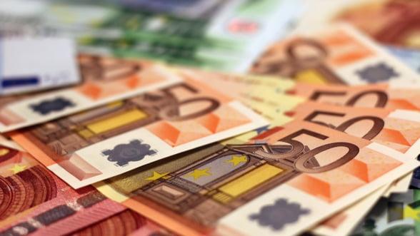 Fost economist sef al FMI: Arma Europei pentru urmatoarea criza este politica fiscala