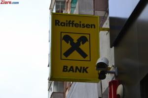 Fost secretar de stat: Companiile de stat au primit comanda sa isi mute conturile de la Raiffeisen ca van Groningen a protestat