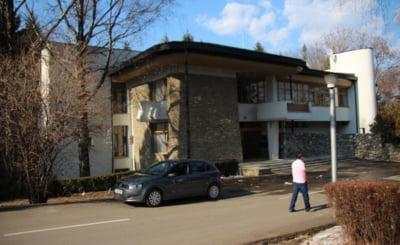 Fosta casa de oaspeti a lui Ceausescu, vanduta cu 1,6 mil euro