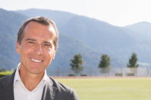 Fostul cancelar austriac se retrage din politica, la nici o luna dupa ce-si anuntase candidatura la presedintia CE