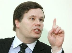 Franks: bancile ar putea pierde sute de milioane de euro din cauza OUG 50