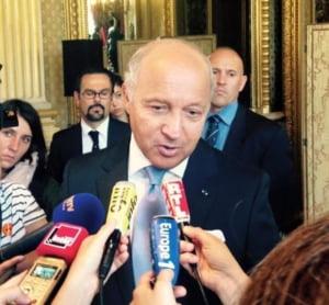 Franta: Criza refugiatilor pune in discutie ratiunea de a fi a Europei