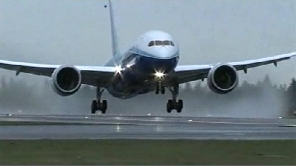 Franta: Zeci de curse aeriene anulate, din cauza grevei