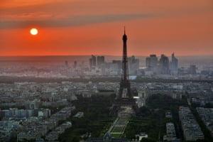 Franta incheie perioada stricta de izolare, dar multe restrictii raman in vigoare