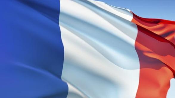 Franta trebuie sa taie inca 5 miliarde de euro pentru atingerea tintei de deficit