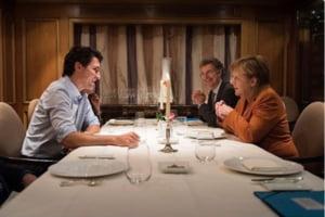 Frenezie pe Internet, dupa ce Angela Merkel si Justin Trudeau au luat cina la lumina lumanarilor (Video & Galerie foto)