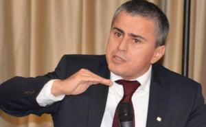 Gabriel Biris: PSD ia de la saraci, prin cresterea accizelor la carburanti, si da la bogati, prin impozit zero pe dividende