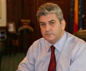 Gabriel Oprea anunta ca isi da demisia din Senat