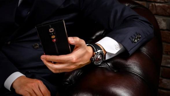 Gadget de lux: Ce zici de un smartphone Lamborghini?
