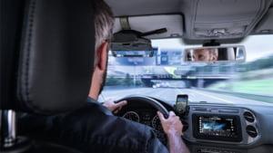 Geamul care va schimba masinile viitorului