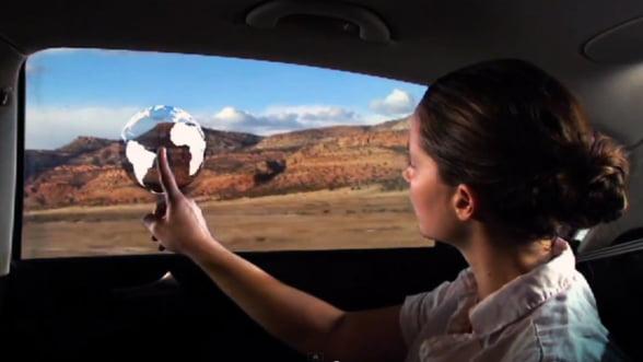 General Motors prezinta geamurile interactive. Vezi video