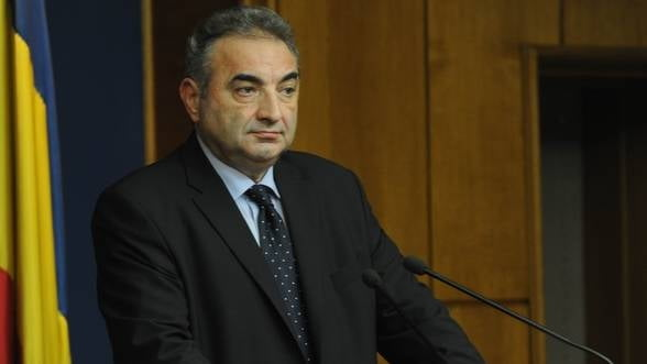 Georgescu, BNR: Romania trebuie sa intareasca legislatia comerciala, fiscala si contabila
