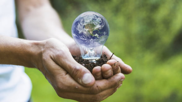 Gestul mic care salveaza planeta: folositi pungi biodegradabile in loc de plastic!