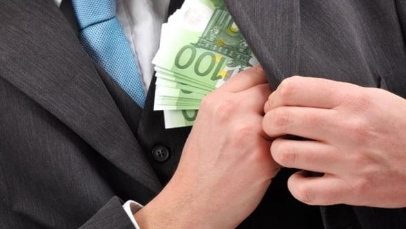 Gitenstein: Profiturile companiilor de stat merg prea des spre bugetul de stat
