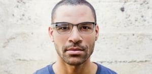 Google Glass intra pe piata medicala: Ochelarii inteligenti, dotati cu lentile de vedere