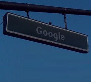 Google nu vrea razboi cu Facebook