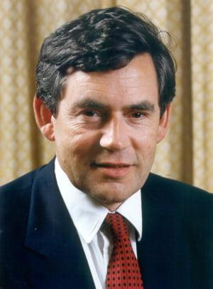 Gordon Brown are un plan pentru contracararea primei recesiuni din ultimii 16 ani