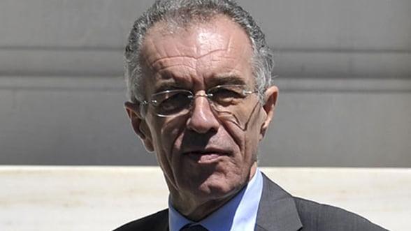 Grecia: Noul ministru al finantelor a fost spitalizat