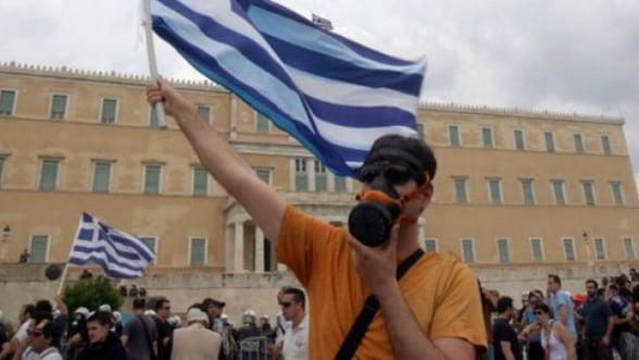 Grecia: Tentativele de sinucidere sunt considerate accidente de munca