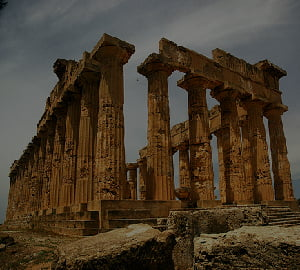 Grecia, scoasa la vanzare