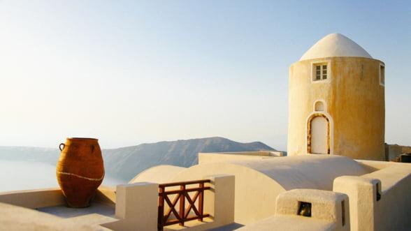 Grecia ar putea achita anticipat o parte din creditul de la FMI