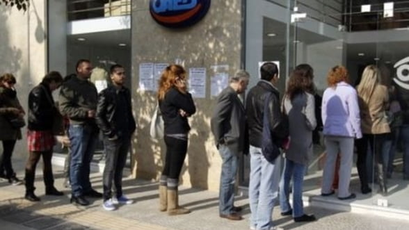 Grecia detine un nou record negativ. Somajul a ajuns la 27,9%