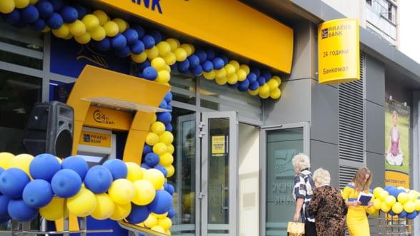 Grecia se indupleca de oamenii de afaceri: Plafonul transferurilor de bani, ridicat