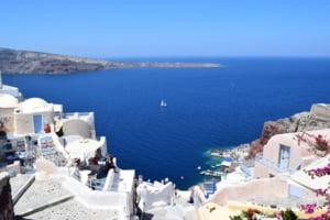 Grecia va incepe sa taxeze turistii cu 20 de euro pentru serviciile medicale