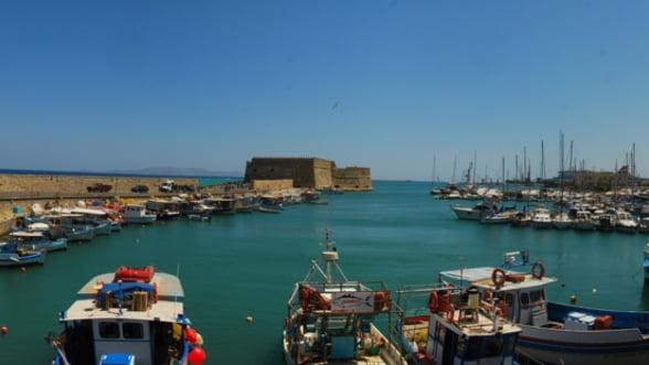 Grecia vrea sa vanda participatii majoritare la patru porturi, printre care se afla si Alexandropolis si Heraklion