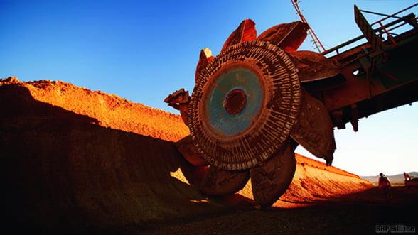 Greii din industria miniera incep sa renunte la exploatarea diversificata