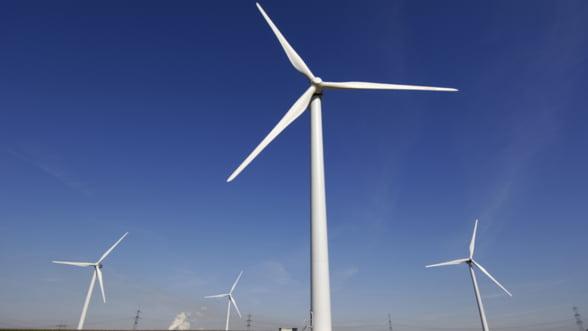 Grupul spaniol Iberdrola renunta la investitii suplimentare in energia eoliana romaneasca