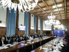 Guvernul a adoptat rectificarea bugetara: 2 miliarde pentru pensii si alocatii. 1,2 miliarde pentru concedii medicale