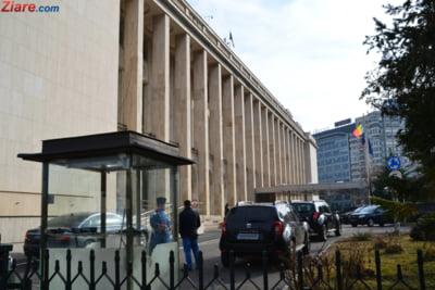 Guvernul amana alegerile si prelungeste mandatele alesilor locali pana la 31 decembrie